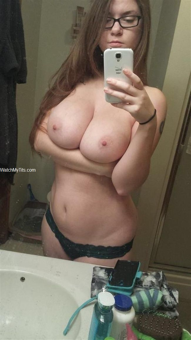 Big chubby boobs selfie girl