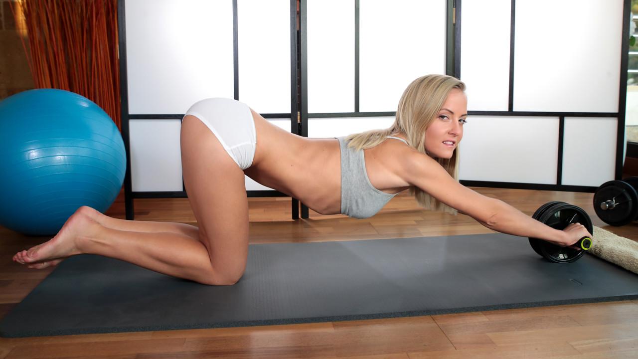 Nubiles - Yoga Cutie