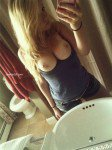 HOT ex-girlfriend selfshot bathroom mirror naked vid